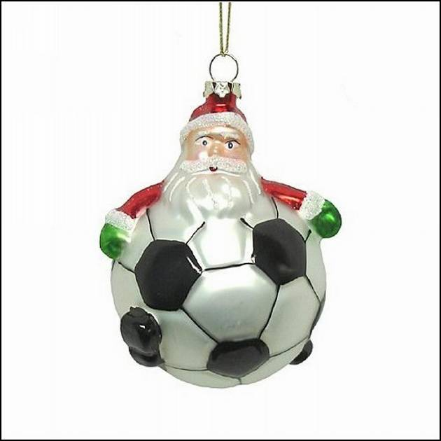 Household-Items-Creativity-On-The-Soccer-Theme1